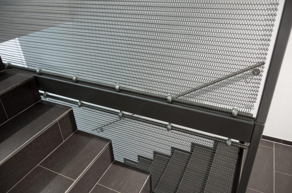 Treppengeländer Metallgewebe